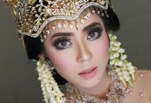 Makeup dan hairdo by Kinara Wedding Organizer