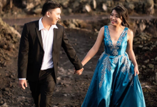 Bali Prewedding by Kings Bridal & Tailor