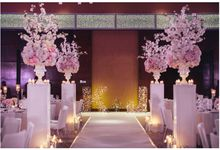 Ultra Romantic by Jovita Lo Weddings