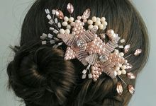 Pearl & Crystal Haircomb by Yoanamarrie | Headpiece & More