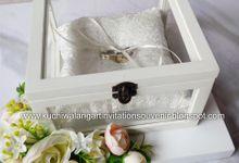 Wedding Ring Box Mahar MH 02 by Kuchiwalang Art