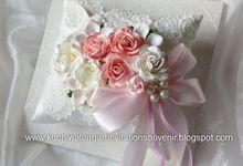 Wedding Ring Pillow MH - 01 by Kuchiwalang Art