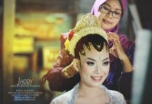 Untitled by Carolina Salon dan Rias Pengantin