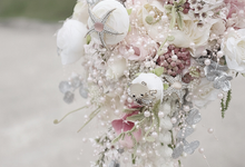 Handbouquet and Boutonnieres  by Kukua