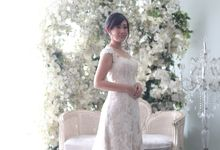 Favor Wedding Gown - Simply Elegant by Favor Brides