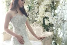 Favor Wedding Gown - Mermaid Fit On Me by Favor Brides