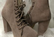 Boots suede special custom Ms. Vivin by Helen Kunu by Kunu Looks