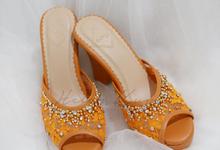 Color heels by Helen Kunu by Kunu Looks