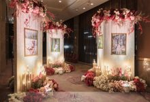 Wedding Decoration of Aldi & Astri by Skenoo Hall Emporium Pluit by IKK Wedding