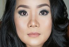 Pro Makeup Class by Ira Makeup Artist