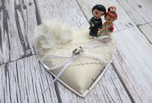 Ring Pillow & Ring Box by Rainbow Couture