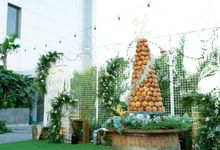 Wedding of Budy & Selvy - Wedding Croquembouche by Questo La Casa Pastry