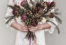 Pre-Wed Photoshoot Bouquet Boho-chic style  by La Fleur Société