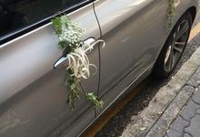 Bridal Car Decor  by La Fleur Société