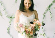 Garden Prewedding Bouquet by Bloomette