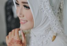 MAKE UP MOMENT by MI GRAPHIC