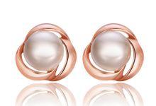 TIARIA Atlantian Pearl Earrings Perhiasan Emas Mutiara by TIARIA