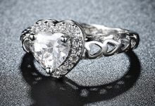 Tiaria Romantic Engagement Ring Design 28 by TIARIA