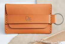 D & E (Drey Key Wallet) by TJIJERAHMADE