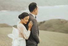 Louie and Karen Prenup at Batanes by Honeycomb PhotoCinema