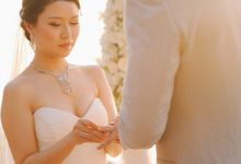 Beach wedding photo at Conrad Koh Samui by Lovedezign Photography