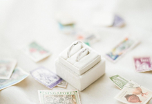 Square Velvet Ring Box by Lovelours