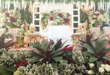 Dekorasi Pernikahan Winny by cv.airesta