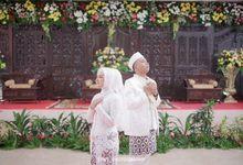 Ayu & Aziz Wedding by Syns photography