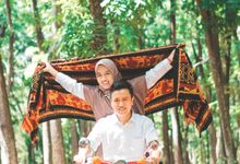 Rosyid And Nia Classic Indonesia Wedding by Mile Photo And Videographer