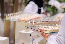 Pernikahan Rahmi & Wisnu, Granada Ballroom. by Medina Catering