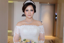 Beautiful Bride Rinna by Luminous Bridal Boutique