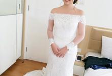 Our beautiful Bride Cindy by Luminous Bridal Boutique