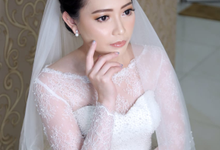 Wedding Day Handy and Vivi by Luminous Bridal Boutique