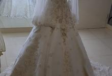 Gaun Wedding Swarovski by m_browstudio