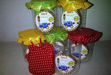 Hampers New Born And One Month by samsouvenirs