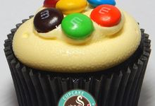 Red Velvet Wedding Cupcake by Twist Cup Cake