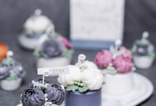 Scented Flower Candle by Maison Chérie