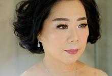 Mom Bride by Makeup & Hairdo by Meivy Putri