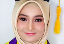 Makeup Wisuda by Rumah Rias Itut Bambang