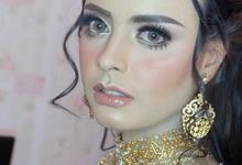 Makeup for bride by Makeupbyafnanmaya