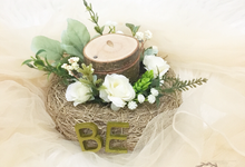Rustic Ring Bearer / White Garden Theme by Maknaseserahan