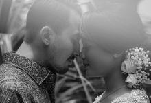 Amanda - Hisyam Engagement by Karna Pictures