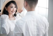 Marcus & Veren Prewedding Studio by ANTHEIA PHOTOGRAPHY