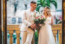 Elopement wedding at La Guarida Paladar in Havana Cuba by Coordinatecuba
