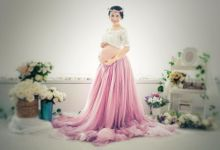 Maternity by Shang Studio