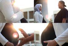 Reza & Mina Maternity Photoshoot by Cerita Berdua