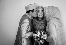 Wedding day of Dian & Isni by Merayakan_kata