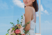 Bright and Beautiful Bridal Bouquet by Mfreshflowers