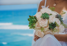 Rose and Succulent Bridal Bouquet by Mfreshflowers