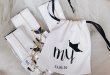 Customized pouch for wedding gifts by Molusca Project